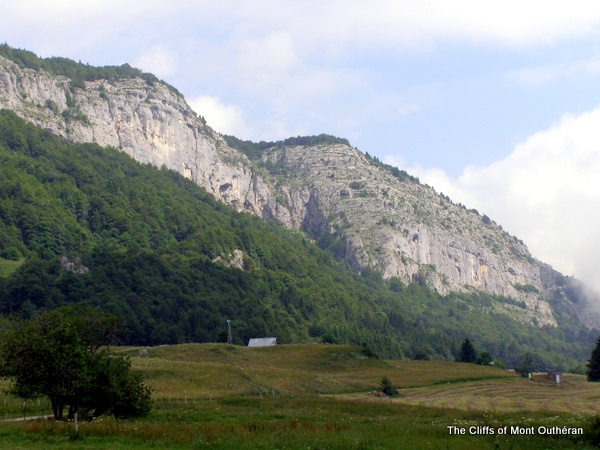 The cliffs of Mont Outhéran from le Désert