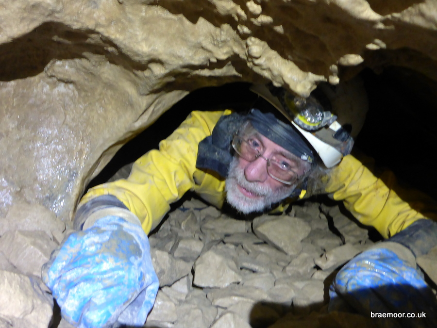 Negotiating the Réseau Sanguin in Grotte du Guiers Mort Photograph: Graham Coates.